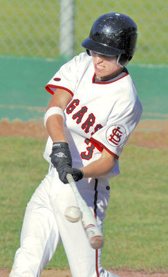 Mariners topple Cougars in pitching showdown.